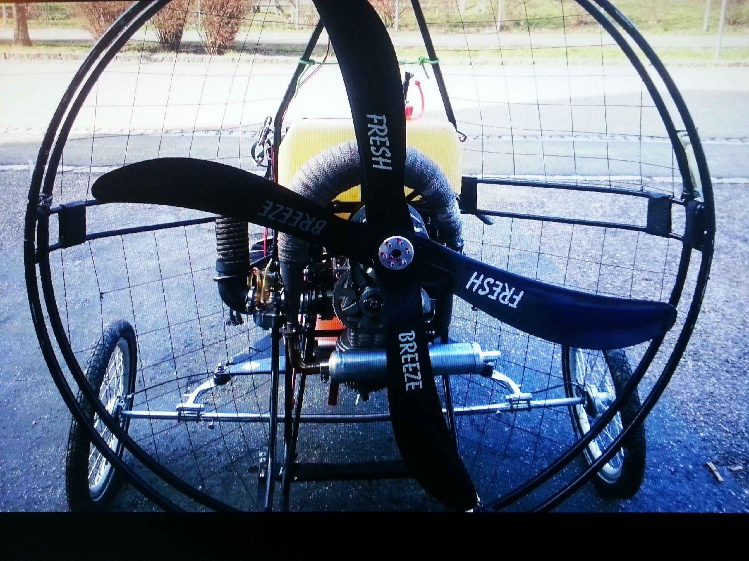Sehr seltenes ultraleicht Fliegendes Fahrrad Fahrzeuge