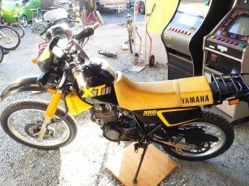 HONDA XT350